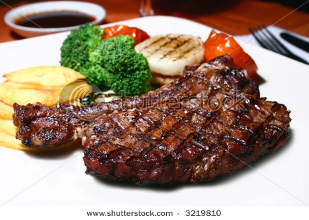 stock-photo-grilled-t-bone-steak-and-vegetables-3219810